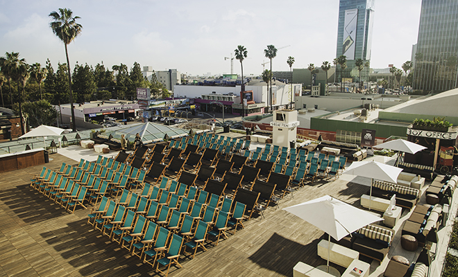 Bucket List Films Must See Movies Rooftop Film Club >> Neuehouse Hollywood Rooftop Cinema Club Outdoor Movie